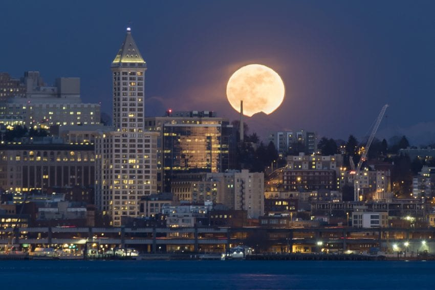full moon Seattle Washington